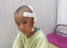 Quảng Bình: Thảm cảnh cả nhà cùng nằm viện sau tai nạn giao thông
