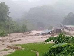 Tin bão số 3: Hàng chục người và nhà cửa bị cuốn trôi ở Thanh Hoá