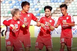 video cong phuong di bong ao dieu dot pha qua hang loat cau thu yangon united