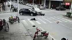 video lamborghini gia hon 17 ti dong lao thang xuong muong