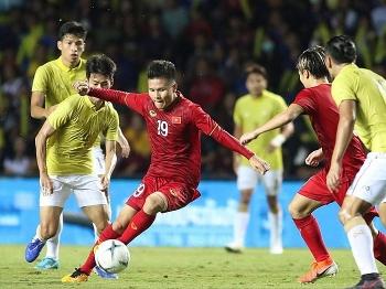 lo ngai covid 19 doi tuyen viet nam hoan nhieu tran dau vong loai world cup 2022