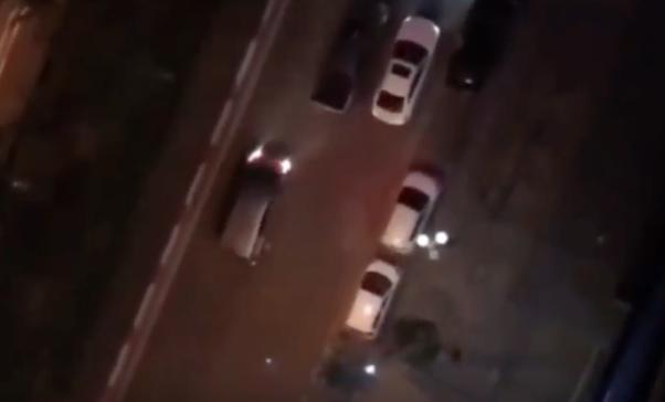 Video: Hỗn chiến, lao ô tô vào nhau như phim hành động tại Hà Đông