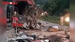 Video: Toàn cảnh vụ tai nạn thảm khốc ở Hòa Bình