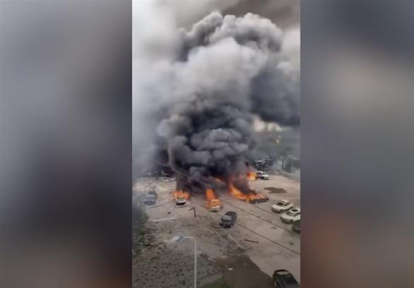 Video: Kinh hoàng vụ xe bồn nổ trên cao tốc khiến gần 130 người thương vong ở Trung Quốc