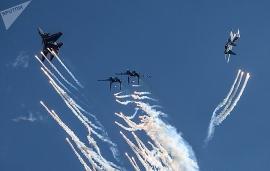 Mãn nhãn màn duyệt binh trên bầu trời nước Nga kỷ niệm 75 năm Ngày Chiến thắng