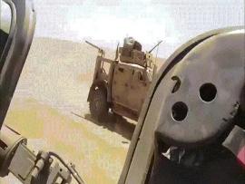 Màn rượt đuổi nghẹt thở của xe quân sự Nga - Mỹ tại Syria