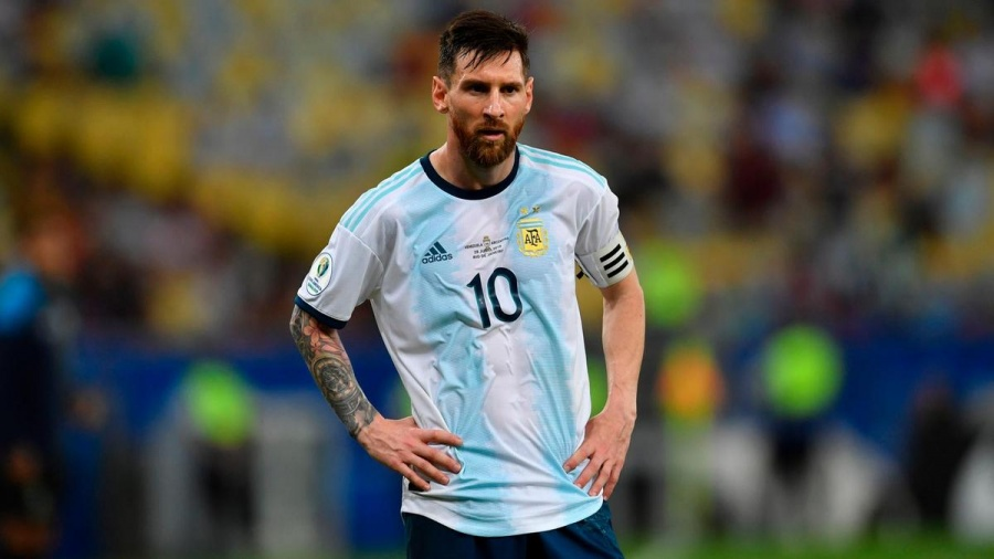 sau that bai truoc brazil vi sao messi cung dau khong tu gia tuyen argentina