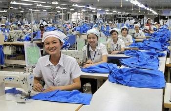 Nới lỏng quy định cho doanh nghiệp vay để trả lương khi nhân viên hết việc