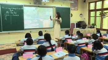Thực hư giáo viên ở Đắk Nông sẽ bị đuổi việc nếu không có chứng chỉ ngoại ngữ và tin học