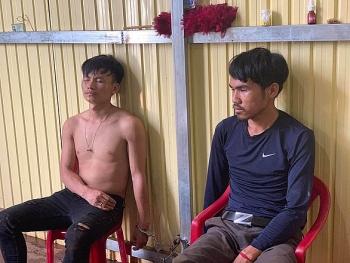 Clip: Cảnh sát chặn bắt xe chở 200 kg ma túy từ Lào về Việt Nam