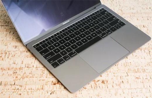 nhung chiec laptop ly tuong danh cho tan sinh vien