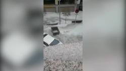 video khoanh khac ford raptor lon nhao bay ca chuc met tren khong