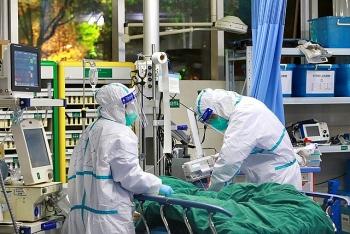 Nhiều bệnh nhân COVID-19 đang có nền bệnh lý nguy hiểm, tiên lượng nặng