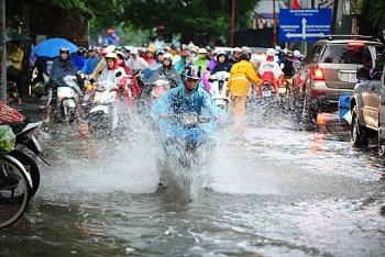 Dự báo thời tiết đêm nay 3/8 và ngày mai 4/8/2020: Hà Nội đón mưa to, dông lốc