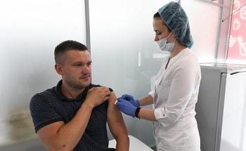 Nga sẽ tiêm vaccine ngừa COVID-19 hàng loạt trong vòng một tháng tới