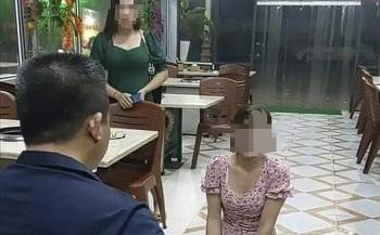 Chủ quán Nhắng Nướng bắt nữ khách hàng quỳ xin lỗi bị công an TP. Bắc Ninh tạm giữ
