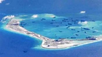 Clip: Cận cảnh máy bay thám sát Mỹ tuần tra trên Biển Đông