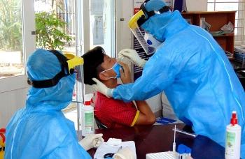TP. HCM: Giám sát y tế, mở rộng cách ly, xét nghiệm COVID-19 đối với người từ Hà Nội và 5 tỉnh thành
