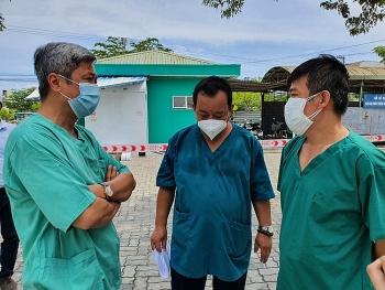 Chuyên gia của Bộ Y tế rút khỏi Đà Nẵng sau 3 tuần chống dịch COVID-19
