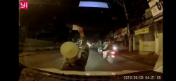 video choang canh phu nu lao dau vao o to de moi mua ve so