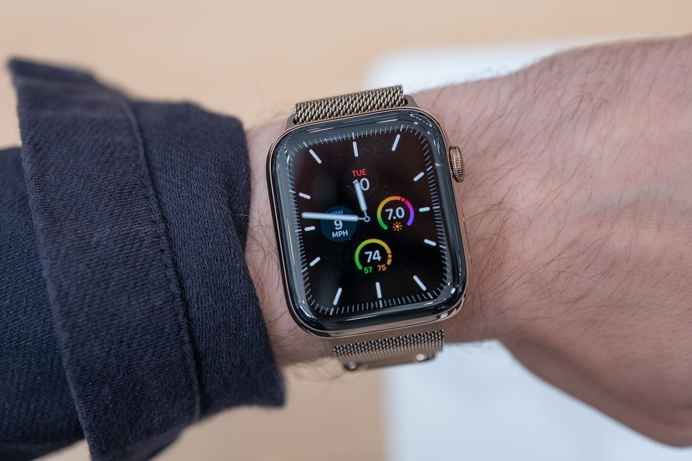 apple watch 5 khong an tuong tao khuyet khai tu series 4