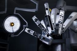 Cận cảnh Robot phẫu thuật hiện đại vừa có mặt tại Việt Nam