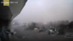 Video: Rò khí gas, quán ăn nổ tung, 19 người thương vong