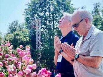 Cựu binh Mỹ chụp ảnh thảm sát Mỹ Lai quyên góp 28.000 USD hỗ trợ người dân vùng lũ Quảng Trị và Quảng Ngãi