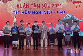 Sinh viên Lào đón Tết Tân Sửu ấm áp nghĩa tình tại nhiều tỉnh thành trên cả nước