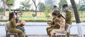 Nhiều sinh viên Lào lần đầu được đón Tết tại Việt Nam