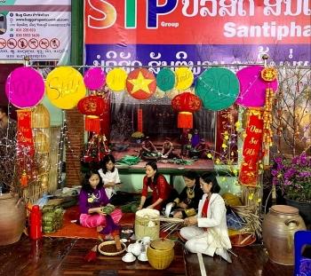 Cộng đồng người Việt tại Lào đón Tết cổ truyền Tân Sửu gọn nhẹ, bảo đảm an toàn