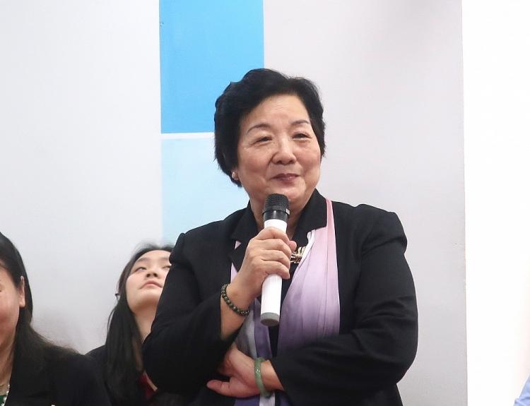 bà Nguyễn Thị Hồi, nguyên Đại sứ Việt Nam tại Canada, Phó Chủ tịch Thường trực Hội hữu nghị Việt Nam – Canada