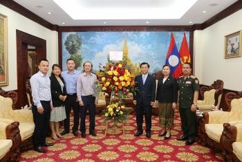 Tạp chí Thời Đại chúc mừng Tết cổ truyền Bunpimay 2021 Đại sứ quán Lào tại Việt Nam