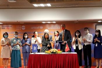 Hơn 160 tỷ đồng hỗ trợ Việt Nam xóa bỏ bạo lực với phụ nữ, trẻ em