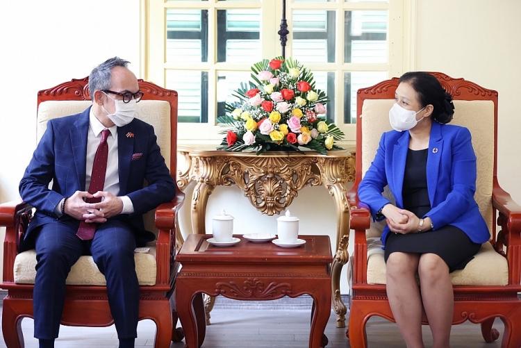 Chủ tịch VUFO Nguyễn Phương Nga tiếp ngài Nikorndej Balankura - Đại sứ Đặc mệnh toàn quyền Vương quốc Thái Lan tại Việt Nam