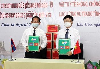 Nghệ An tặng trạm xá quân dân y trị giá gần 15 tỷ đồng cho tỉnh Bôlykhămxay (Lào)