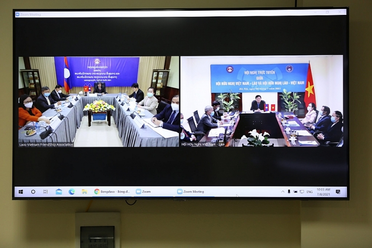 Hội nghị trực tuyến giữa Hội hữu nghị hai nước Việt Nam - Lào: Nhiều hoạt động thiết trực triển khai trong năm 2022