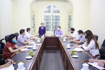 Thứ trưởng Bộ Ngoại giao Tô Anh Dũng thăm và làm việc với Liên hiệp Hữu nghị