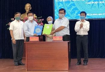 UBMTTQVN và Ủy ban về người Việt Nam ở nước ngoài TP.HCM sẽ tập trung phối hợp 5 nội dung