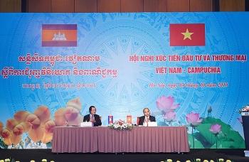 Phát triển, kết nối hạ tầng thương mại biên giới Việt Nam – Campuchia