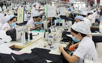 ADB: Việt Nam đang thể hiện khả năng phục hồi mạnh mẽ hơn hầu hết các nền kinh tế khác