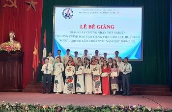 Cao đẳng Sư phạm Nghệ An: trao Giấy chứng nhận tốt nghiệp tiếng Việt cho 110 lưu học sinh Lào