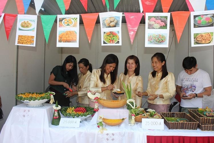 Giới thiệu đất nước Thái Lan tươi đẹp đến người dân Việt Nam thông qua những nét văn hóa đa dạng, nghệ thuật  truyền thống và ẩm thực hấp dẫn.