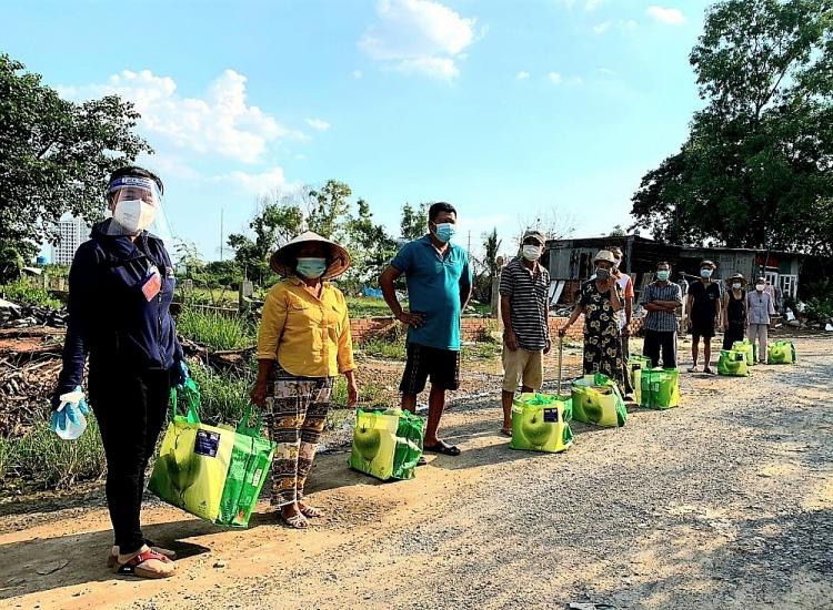 gần 3.000 hộ gia đình tại các quận: 4, 8, 12, Gò Vấp, Bình Thạnh…đã nhận được
