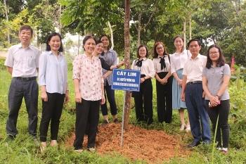 Liên hiệp các tổ chức hữu nghị Việt Nam dâng hương tưởng niệm Chủ tịch Hồ Chí Minh tại Cao Bằng