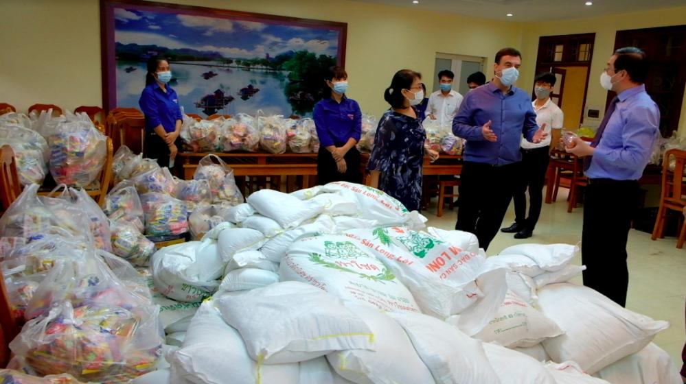 Đại sứ quán Israel hỗ trợ 500 người dân Hà Nội gặp khó khăn trong dịch COVID-19
