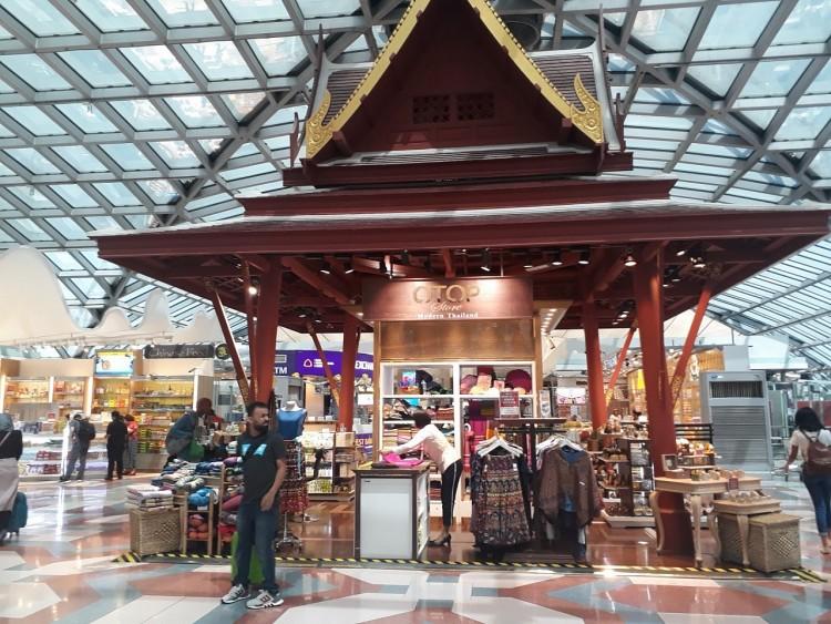 Cửa hàng OTOP trong sân bay quốc tế Thái Lan