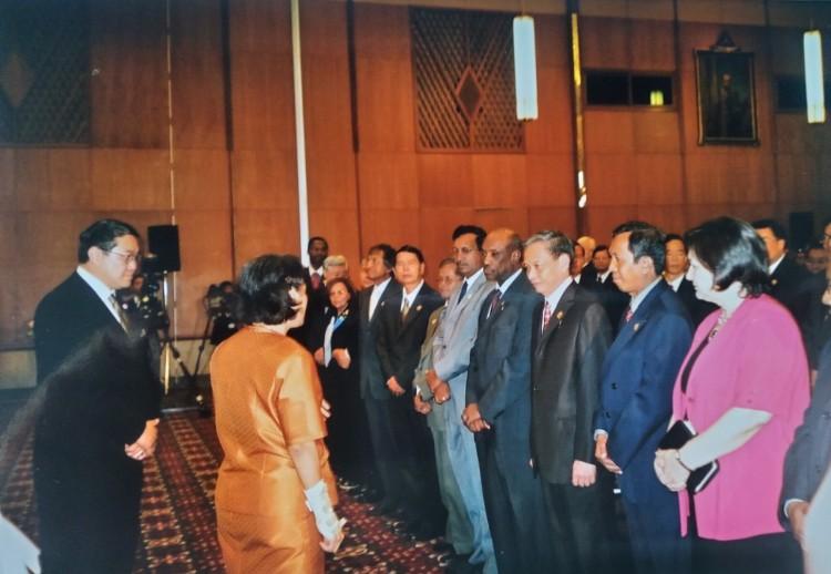 Công chúa Thái Lan Maha Chakri Sirindhon thăm và nói chuyện với đại biểu tại hôm khai mạc Hội nghị SEP tại Bangkok, Thái Lan