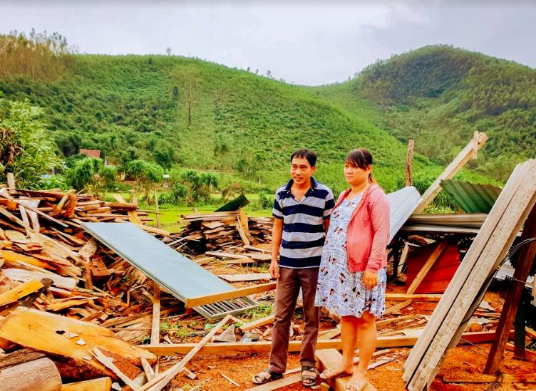 World Vision Việt Nam cam kết hỗ trợ 10.000 gia đình chịu ảnh hưởng của bão lụt miền Trung