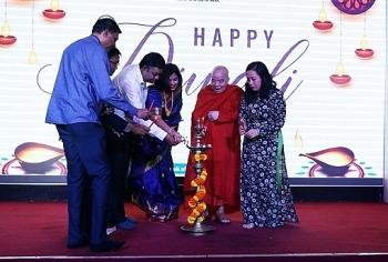 Lễ hội ánh sáng Diwali rực rỡ sắc màu của Ấn Độ tại TP.HCM